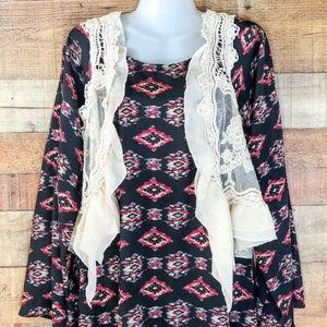 Umgee   Crochet Lace Vest